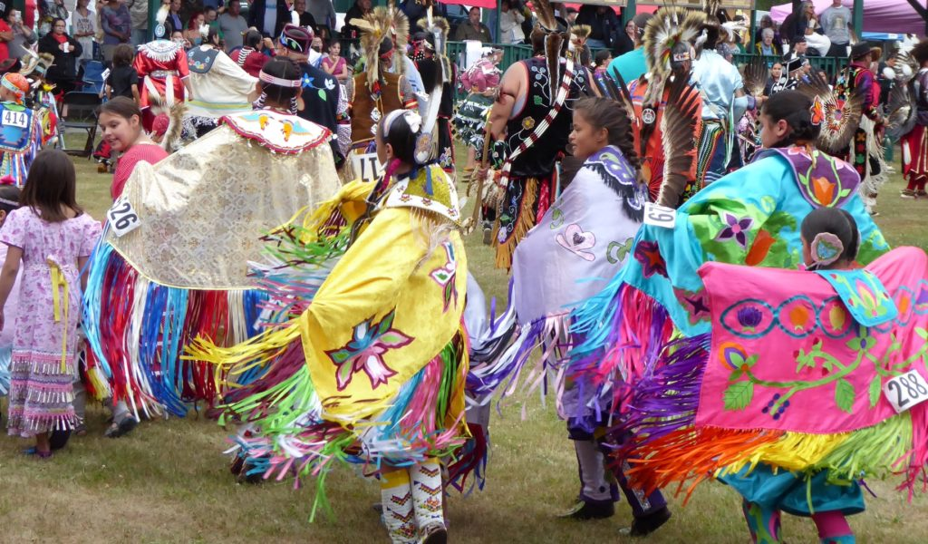 Honor the Earth Powwow, Visiting Ojibwe Family
